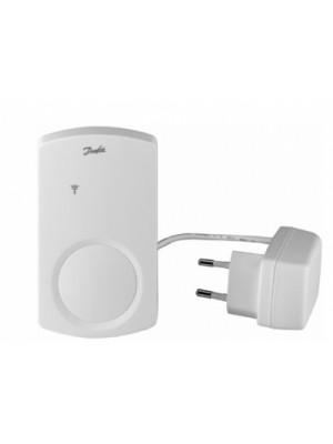 Bezdrôtový riadiaci systém s farebným dotykovým displejom living by Danfoss; CF-RU Opakovacia jednotka signálu pre Danfoss Link 088U0230